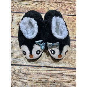 Girls Justice Penguin Slippers XSmall 12/13